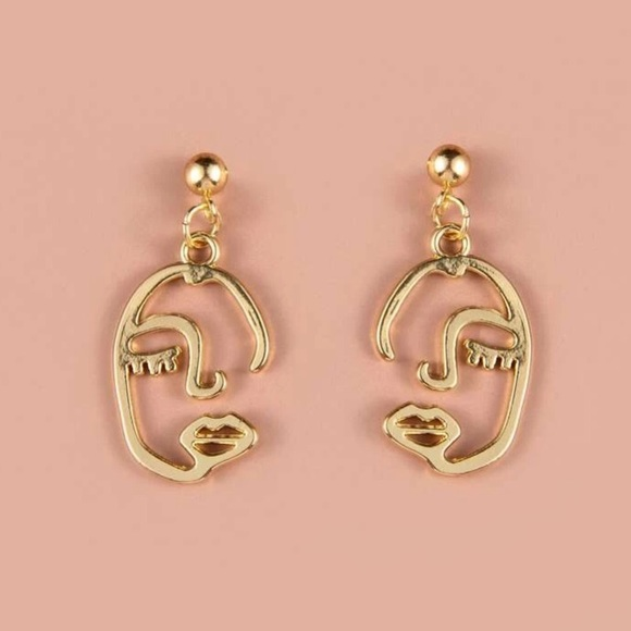 Jewelry - New Face Outline Earrings